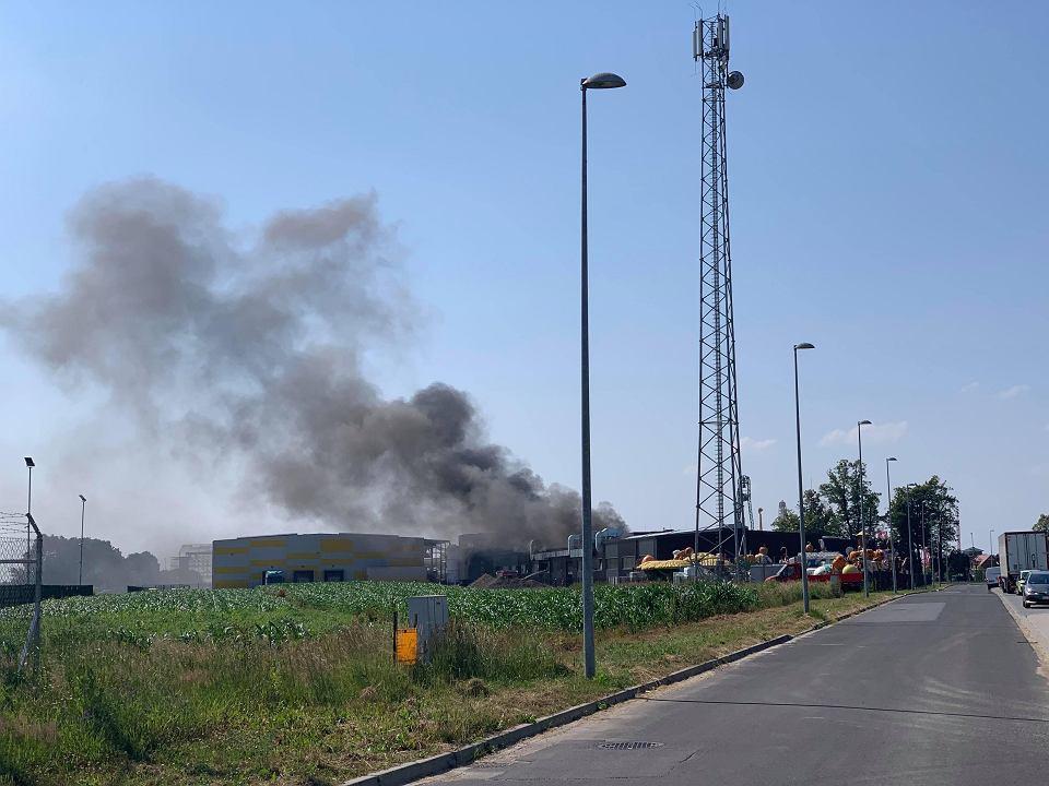 20190626_Pożar zakładu w Zatorze